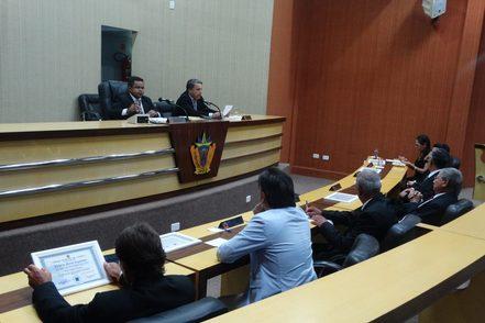 Comissão Processante da Câmara Notifica o prefeito Delano de Oliveira Huber por Edital no Diário Oficial e Correio do Estado